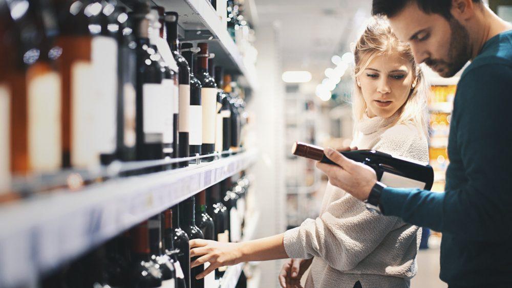Le vin bio, les Français le consomment avec modération