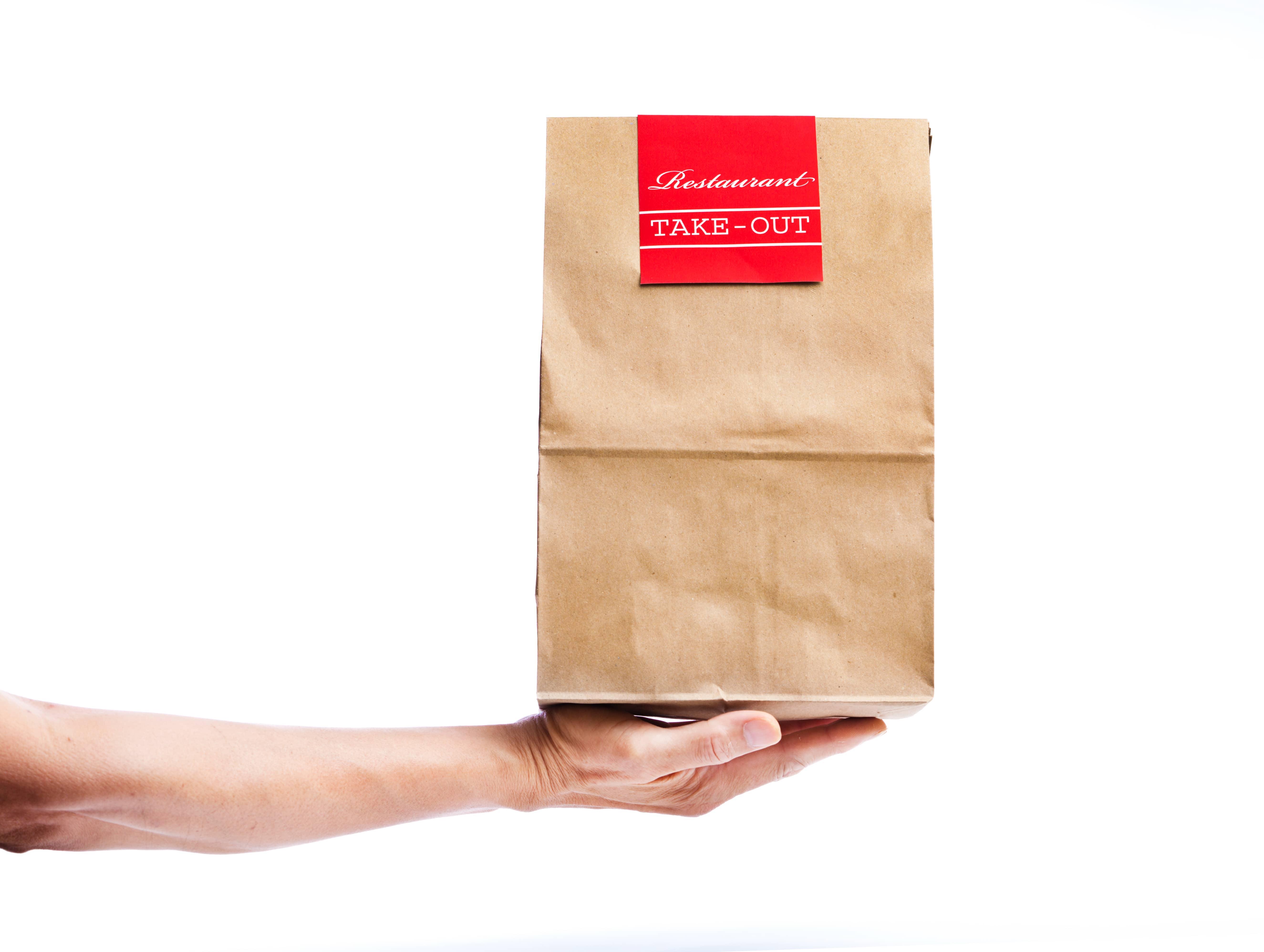 Lutte contre le gaspillage alimentaire : les Français adopteront-ils le doggy bag ?